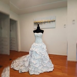 Maggie Sottero Strapless Wedding Dress Size 2
